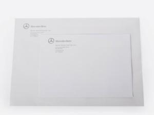 koperty z logo firmy Mercedes